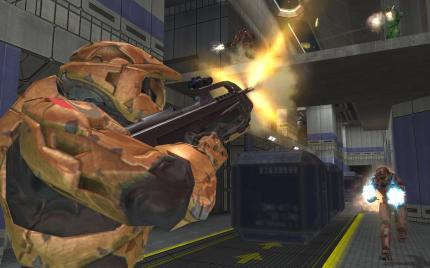 Goldstatus und actiongeladener Gameplay-Trailer zu Halo 2