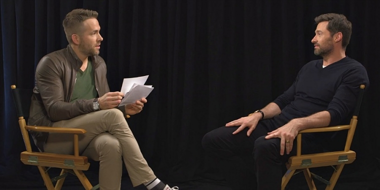 Ryan Reynolds interviewt Hugh Hackman