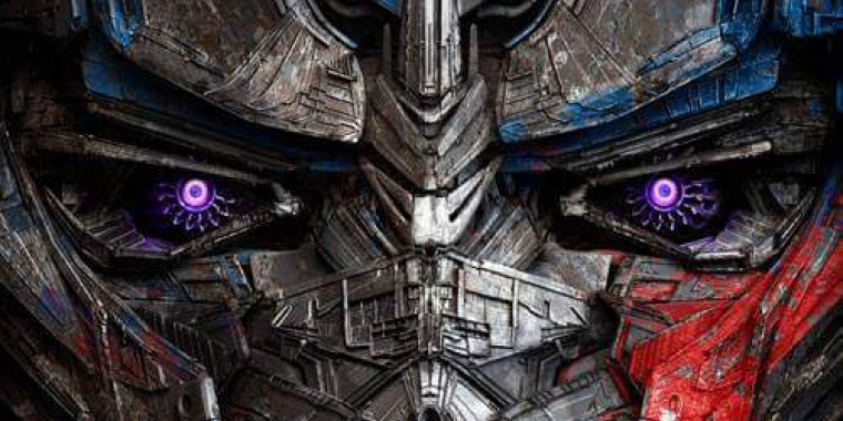 "Optimus Prime in ""Transformers: The Last Knight"""