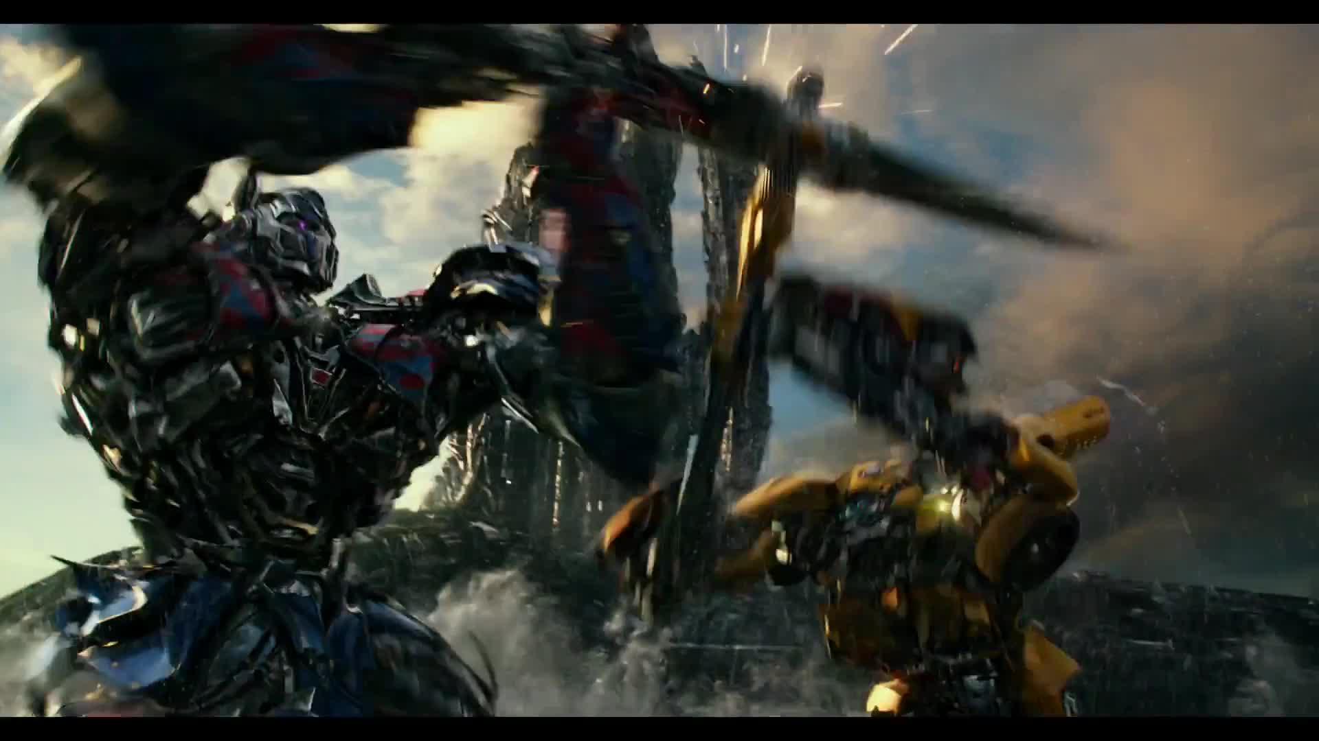 Transformers The Last Knight Optimus Prime Vs Bumblebee Im Vierten Trailer